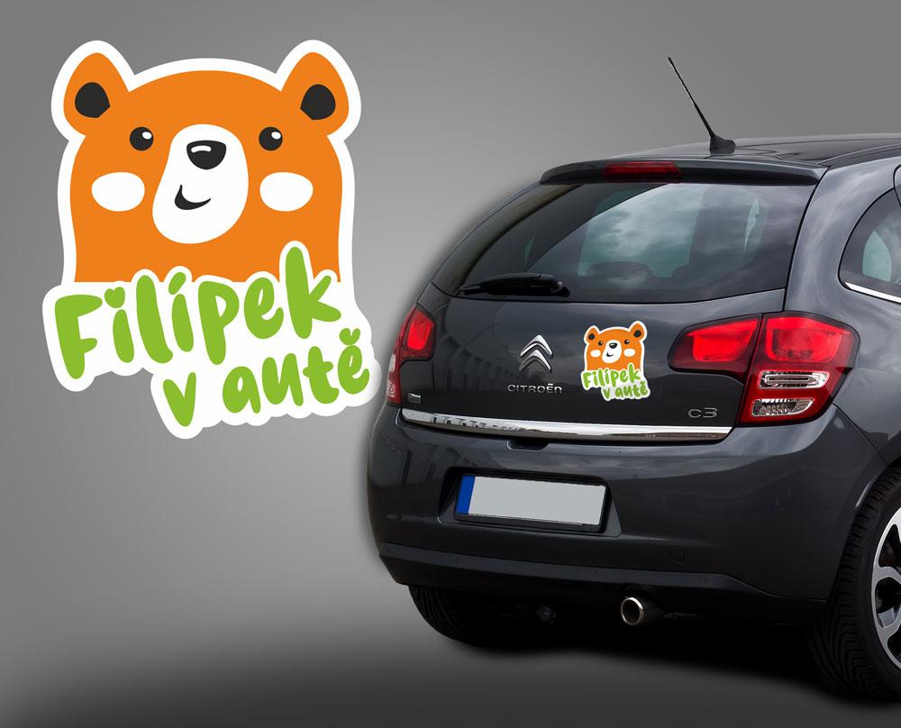 samolepka na auto, dítě v autě s medvídkem